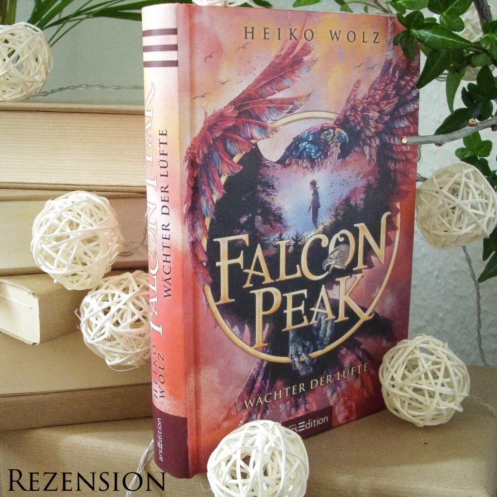 Lesemonat März Cover Falcon Peak